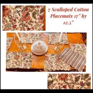 Set of 7 Beautiful Cotton Scalloped Placemats